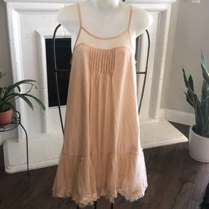 RYU creme  dress with lace